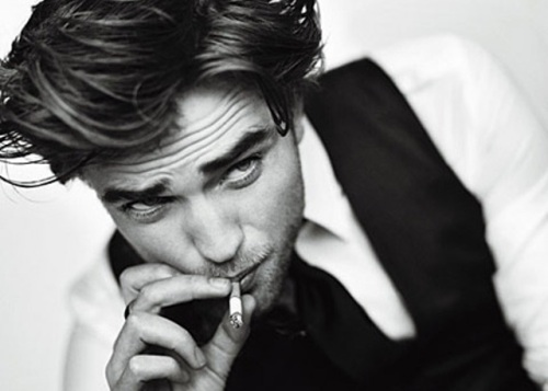 robert_pattinson_gq_smoker